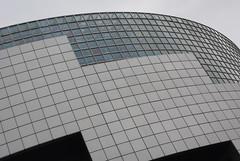 . (Dunav je more!) Tags: paris glass wall placedelabastille opérabastille obliquemind obliquamente