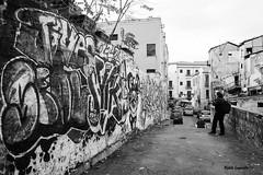 street shooting (chetelodicoaffare) Tags: street blackandwhite nikon streetphotography palermo biancoenero