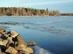 Joensuu - Finland (s.niemelainen) Tags: winter sunset lake suomi finland frozen lumi talvi joensuu j auringonlasku pyhselk linnunlahti