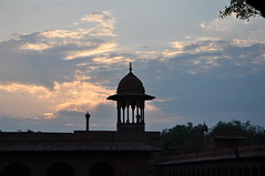 An Architectural Sight (The Spirit of the World (Back 8/21)) Tags: morning sun sunlight india architecture umbrella design morninglight earlymorning tajmahal agra icon unescoworldheritagesite canopy indianhistory iconicindia tajmahalcomplex chhatis famoussightisinindia jewelofmuslimart