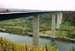 Moseltalbrücke an der A61 (rainer.marx) Tags: praktika bx 20 analog kleinbild film moseltal autobahn brücke 35mm
