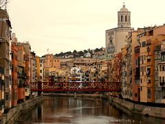 girona (PhoToRCh) Tags: travel bridge red river fiume girona vita redbridge viaggiare
