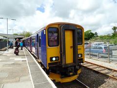 153318 & 150261 St Erth (Marky7890) Tags: station train cornwall railway gwr sprinter dmu class153 fgw class150 sterth 153318 150261 2a20