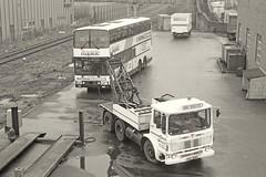 Rescuing Sir Lancelot (Lost-Albion) Tags: pentax 1988 hampshire southampton aec metroliner britishroadservices shamrockrambler ntc150g c136yjt