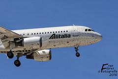 EIDTJ-A320-ALITALIA-AGP (Francisco A. Flores) Tags: nikon airbus malaga alitalia a320 agp lemg d7100 eidtj franflores