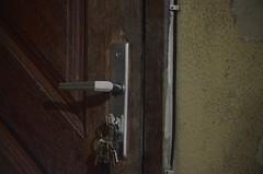 Chaves (AlineeCordeiro) Tags: porta chave trinco maçaneta tranca