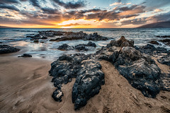 Sunset at Kamaole Beach (philhaber) Tags: sunset sun seascape beach water clouds landscape hawaii sand rocks tramonto waves sundown maui pacificocean kihei kamaole lavarocks kamaolebeachiii