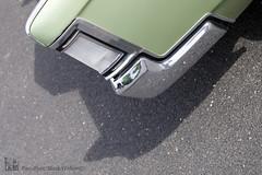 5F1F0748 copie (C&C52) Tags: vintage voiture extrieur collector dtail ombreporte