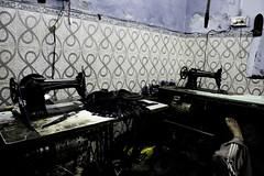 _DSC0314 (bhanu prksh) Tags: photojournalism bagmakers surviving