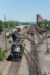 Working the New Yard (sullivan1985) Tags: county new railroad up yard train pacific ns union norfolk nj railway cx southern jersey hudson ge freight secaucus drilling shifting emd gp382 croxton ac4400cw