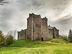 Doune Castle (thaisa1980) Tags: castle scotland stirling may escocia medieval mayo castillo montypythonandtheholygrail doune 2016
