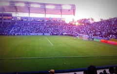 #RealMadrid vs #LosAngelesGalaxy #Friendly / #WorldFootballChallenge ( #WFC ). () Tags: football nikon fussball stadium soccer socal estadio stadion sportsaction estdio futebol stade voetbal wfc lagalaxy calcio mls soccerfield  majorleaguesoccer pldroed footballstadium homedepotcenter fusball    losangelesgalaxy soccerstadium   realmadridcf d700 losblancos  nikond700 thehomedepotcenter losmerengues losvikingos realmadridclubdeftbol worldfootballchallenge madridfootballclub