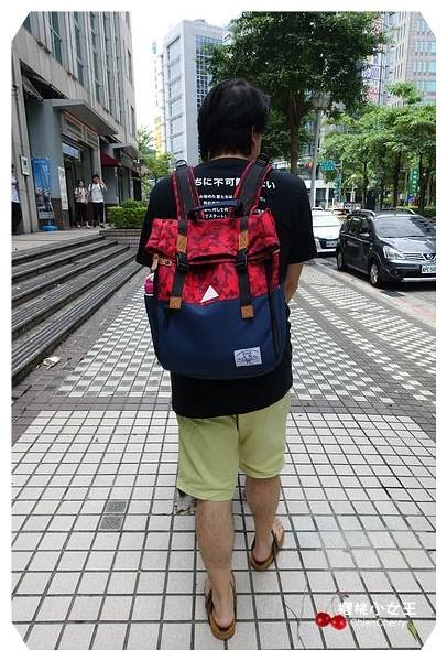 香港潮牌ACROSS 富沃樂 潮牌背包 單肩斜背包 單車包