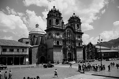 IMG_5954 (nouailleric) Tags: bw peru inca canon eos cityscape cusco andes cathedrale prou eos500d