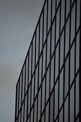 16/365 - 06/07/2016 (Rebeca de Sousa Santana) Tags: city ventana gris cloudy edificio ciudad line urbano nublado fachada moderno nuevo lneas cuadrado recta geomtrico