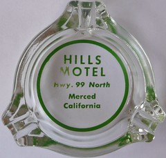 HILLS MOTEL MERCED CALIF (ussiwojima) Tags: california glass advertising merced motel ashtray highway99 hillsmotel