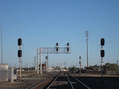 Both Tracks Clear! (CaliforniaRailfan101 Photography) Tags: santafe up unionpacific local genesis ge freight bnsf sanjoaquin reefer geep manifest hotshot emd intermodal atsf stocktonca warbonnet burlingtonnorthernsantafe gp402 coaltrain dash9 f59phi es44dc gevo sd70m amtrakcalifornia c449w ballasttrain gp60m cdtx ztrain sd70ace es44ac ac44ccte ac4400cw cabcar c45accte p42dc es44c4