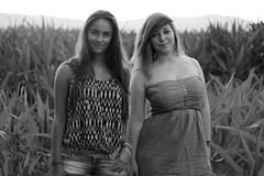 Elise & Noa (Salomegaillard) Tags: friends sunset summer portrait blackandwhite girl beauty field pretty elise sister noa