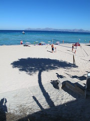 shadow in a beach (Mr.CarBomba (Italy)) Tags: shadow sea beach mare ombra mallorca spiaggia maiorca baleari