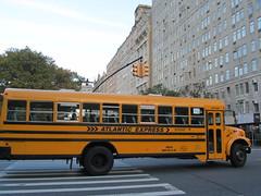 USA - New York - School bus (JulesFoto) Tags: usa newyork unitedstates manhattan upperwestside schoolbus