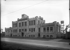 Construccin de la Morgue de Santiago, avenida la Paz. 1920 (santiagonostalgico) Tags: chile obra patrimonio archivofotograficodirecciondearquitectura