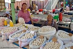 Kurut cheese balls at Osh market, Fergana Valley, Kyrgyzstan (Sekitar) Tags: cheese market balls valley centralasia fergana kyrgyzstan osh kirgistan kirgisien pamirhighway kurut earthasia
