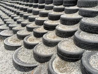 Dekkrad -|- Row of tyres