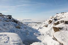 Kinder Downfall Frozen (RD400e) Tags: park mist snow canon walking is district derbyshire peak national usm ef f4l 24105mm