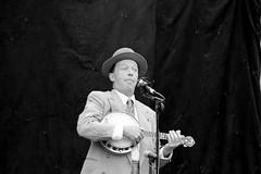 Rotherham Vintage Hop June 2016 (17) (Chris.,) Tags: blackandwhite bw canon blackwhite dance war song crowd 1940s 1950s creativecommons hiphop polkadot rotherham allsaintssquare vintagehop queens90thbirthdaycelebration