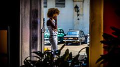 Foto de La Habana, La Habana (pepoexpress - A few million thanks!) Tags: street people urban nikon candid cuba streetphotography streetfashion lahabana d600 nikon24120 nikond600 candidstreetportraits urbanstreetpeople pepoexpress nikond60024120mmf4 d60024120 tresdasenlahabana