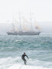 Le Belem (Sbastien Golhen) Tags: mer france canon brittany surf sigma bretagne cte breizh belem minou breton bzh finistre 70200f28 mare sigma70200 phareduminou