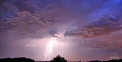 Storm light (Mechsport) Tags: extrieur ciel nuage storm clair nature orage lighrt light purple lumire 1855 bulb landscape