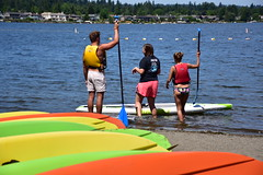Paddle_7615 (johnmoffatt2000) Tags: park people lake water fun board paddle excercise recreation sammamish