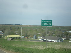 MT-7 South - Ekalaka (sagebrushgis) Tags: sign montana citylimit biggreensign ekalaka mt7