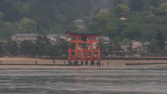 Itsukushima Shrine torii at low tide (TheSpaceWalker) Tags: japan temple photography photo nikon gate traditional sigma pic apo miyajima itsukushimashrine torii 70200 d300 otorii thespacewalker