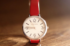 Time - [MocroMonday_20160606] (Arranion) Tags: wood red macro field closeup canon eos 500v20f dof close bokeh watch surface depthoffield themed hmm depth 40d macromondays