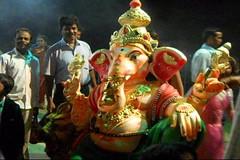Ganesh Visarjan 2010 (Bangalore) 117 (umakant Mishra) Tags: bangalore hindureligion ganapati visarjana bangaloreevents umakantmishra soubhagyalaxmimishra ganeshvisarjana ursoorlake
