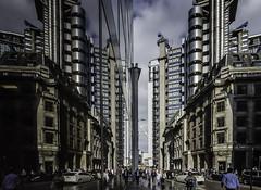 Lloyds (Lincolnshire Gordon) Tags: street reflection london photo pavement 24 lloyds vlue