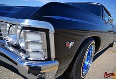 1967 Chevy Caprice (Pomona Swap Meet) Tags: pomonafavorites pomonaswapmeet chevy chevycaprice 1967 1967chevycaprice chevrolet pinstripe headlights rims classiccar classicchevy