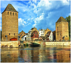 Strasbourg (keltia17) Tags: strasbourg france francia strasburg estrasburgo petitefrance tour couleurs rivire river rio
