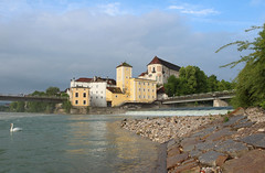 Steyr - Upper Austria (Been Around) Tags: castle water river austria sterreich spring swan europa europe travellers natur may eu mai ufer schloss fluss schwan sr obersterreich wasserturm aut steyr o upperaustria schlosslamberg steyrdorf 2013 concordians steyrriver worldtrekker zwischenbrcken ennsriver steyrfluss ortskai bauimage dieenns lambergcastle