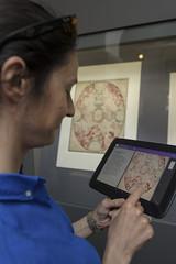 Mit dem Tablet durch die Ausstellung