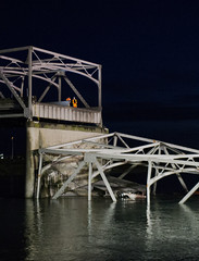 Skagit River Bridge Collapse (Kyra Betteridge) Tags: news photojournalism front collapse western skagit wwu washignton lynnpeterson jayinslee johnbatiste skagitriverbridge