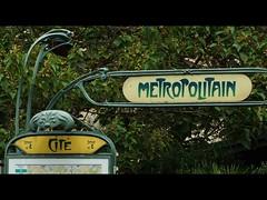 METROPOLITAN (PARS) (Sigurd66) Tags: paris france frankreich ledefrance metro frana artdeco metropolitain prizs francia parijs cartel pars parigi cite pras metroparis rpubliquefranaise pary lutetia frantzia pa paries francja pariisi pariis pariz par parizo parsi parze paryius paris fras paryzh brs pari cartelmetroparis