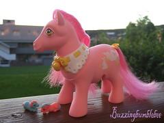 Mommy and baby pony (Buzzingbumblebee) Tags: little mommy pony andbaby