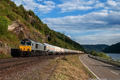 Class66 lungo il Reno (Damiano Piovanelli) Tags: tank diesel merci zug db reno rhein treno treni class66 cisterne eu04 guterzug