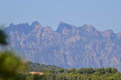 Montserrat des de Torrelavit (esta_ahi) Tags: barcelona españa landscape spain paisaje montserrat muntanya paisatge penedès torrelavit испания