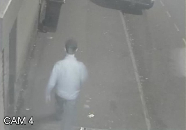 CCTV - Pavlo Lapshyn walks away from Walsall mosque without bomb