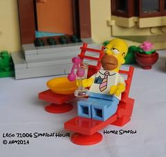 Lego 71006 Simpsons House (KatanaZ) Tags: lego thesimpsons minifigs homersimpson bartsimpson lisasimpson margesimpson nedflanders minifigures maggiesimpson simpsonshouse lego71006