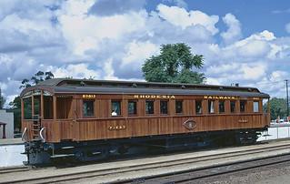 Museum coach 89013